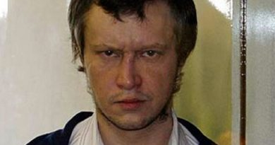 alexander pichushkin 1 390x205 - Alexander Pichushkin Biography - life Story, Career, Awards, Age, Height