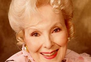anna lee 1 300x205 - Anna Lee Biography - life Story, Career, Awards, Age, Height