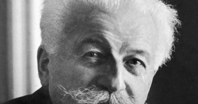 auguste lumire 1 390x205 - Auguste Lumière Biography - life Story, Career, Awards, Age, Height