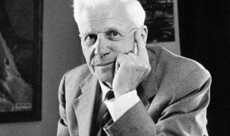 barnes wallis 1 1 750x445 - Barnes Wallis Biography - life Story, Career, Awards, Age, Height