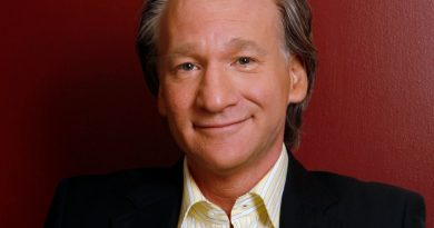 bill maher 4 390x205 - Bill Maher Biography - life Story, Career, Awards, Age, Height