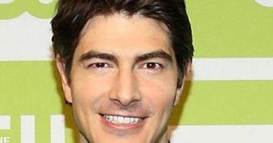 brandon routh 4 390x205 - Brandon Routh Biography - life Story, Career, Awards, Age, Height