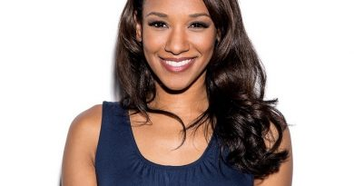 candice patton 1 390x205 - Candice Patton Biography - life Story, Career, Awards, Age, Height