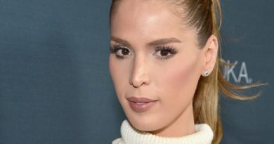 carmen carrera 1 1 390x205 - Carmen Carrera Biography - life Story, Career, Awards, Age, Height