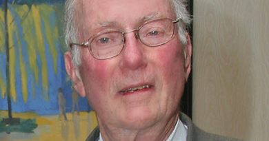 charles h townes 1 390x205 - Charles H. Townes Biography - life Story, Career, Awards, Age, Height