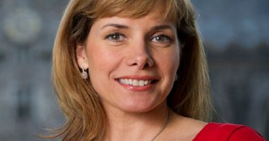 darcey bussell 2 1 390x205 - Darcey Bussell Biography - life Story, Career, Awards, Age, Height