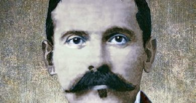 doc holliday 1 390x205 - Doc Holliday Biography - life Story, Career, Awards, Age, Height