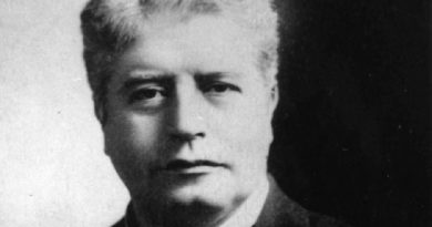 edmund barton 1 390x205 - Edmund Barton Biography - life Story, Career, Awards, Age, Height