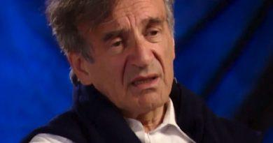 elie wiesel 12 390x205 - Elie Wiesel Biography - life Story, Career, Awards, Age, Height