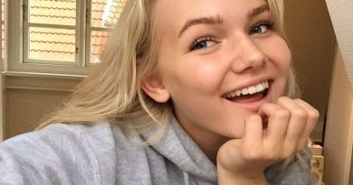 emma marie 1 390x205 - Emma Marie Biography - life Story, Career, Awards, Age, Height