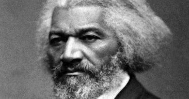frederick douglass 4 390x205 - Frederick Douglass Biography - life Story, Career, Awards, Age, Height
