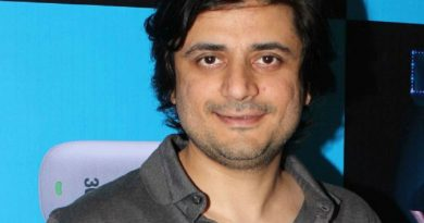 goldie behl 1 390x205 - Goldie Behl Biography - life Story, Career, Awards, Age, Height