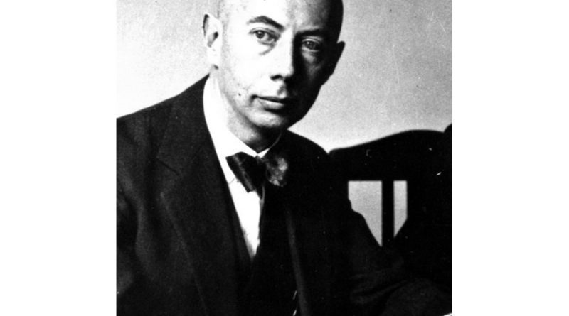 gustav ludwig hertz 1 1 800x445 - Gustav Ludwig Hertz Biography - life Story, Career, Awards, Age, Height