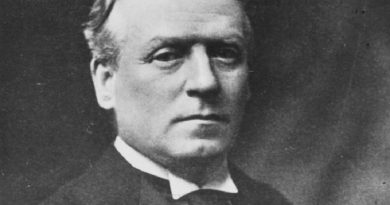 h h asquith 1 1 390x205 - H. H. Asquith Biography - life Story, Career, Awards, Age, Height