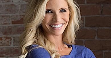 heidi powell 1 390x205 - Heidi Powell Biography - life Story, Career, Awards, Age, Height