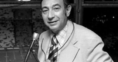 howard cosell 2 390x205 - Howard Cosell Biography - life Story, Career, Awards, Age, Height