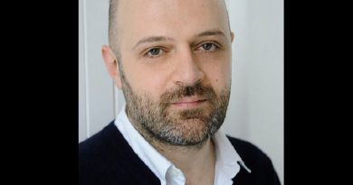 hussein chalayan 1 390x205 - Hussein Chalayan Biography - life Story, Career, Awards, Age, Height