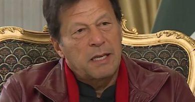 imran khan 2 390x205 - Imran Khan Biography - life Story, Career, Awards, Age, Height