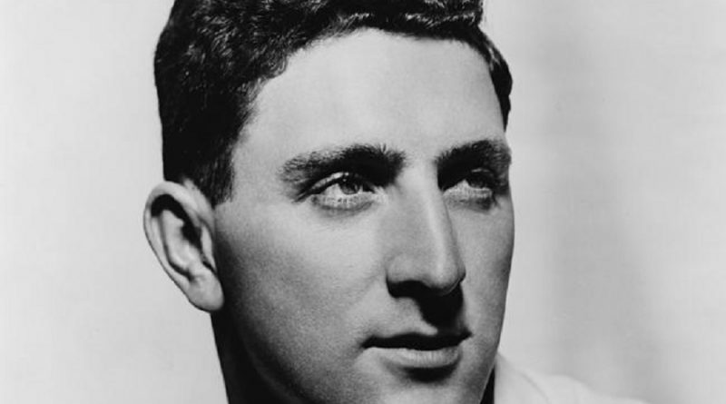 irwin shaw 1 1 800x445 - Irwin Shaw Biography - life Story, Career, Awards, Age, Height