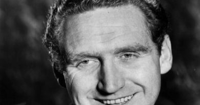 james whitmore 1 390x205 - James Whitmore Biography - life Story, Career, Awards, Age, Height