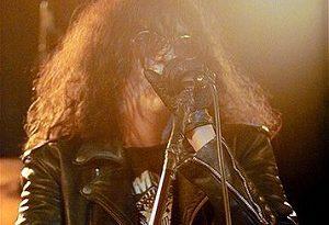 joey ramone 1 300x205 - Joey Ramone Biography - life Story, Career, Awards, Age, Height