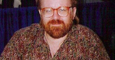 john byrne 1 390x205 - John Byrne Biography - life Story, Career, Awards, Age, Height