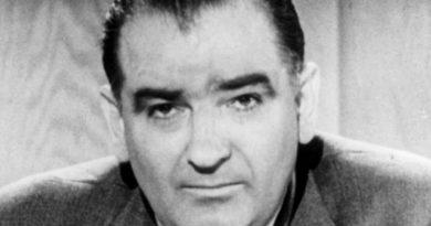joseph mccarthy 3 390x205 - Joseph McCarthy Biography - life Story, Career, Awards, Age, Height