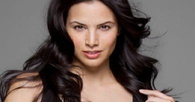 katrina law 1 390x205 - Katrina Law Biography - life Story, Career, Awards, Age, Height