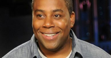 kenan thompson 1 1 390x205 - Kenan Thompson Biography - life Story, Career, Awards, Age, Height