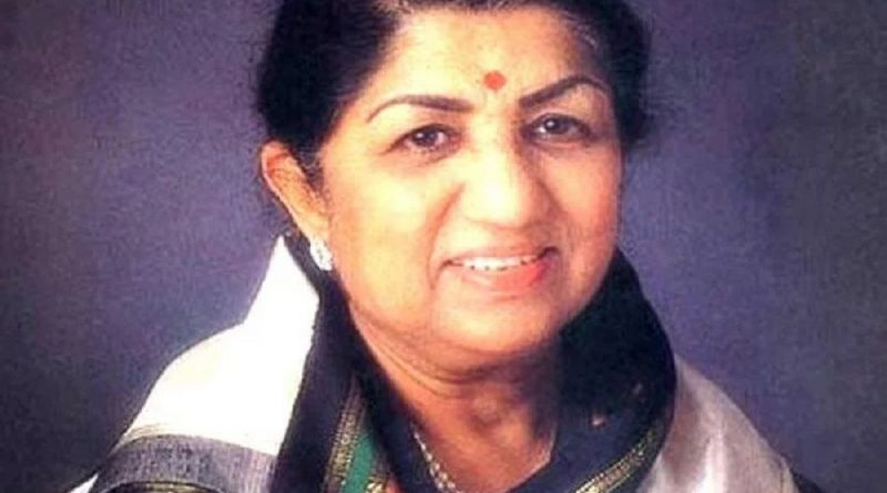 lata mangeshkar 6 800x445 - Lata Mangeshkar Biography - life Story, Career, Awards, Age, Height