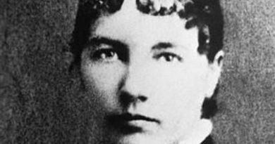 laura ingalls wilder 3 390x205 - Laura Ingalls Wilder Biography - life Story, Career, Awards, Age, Height