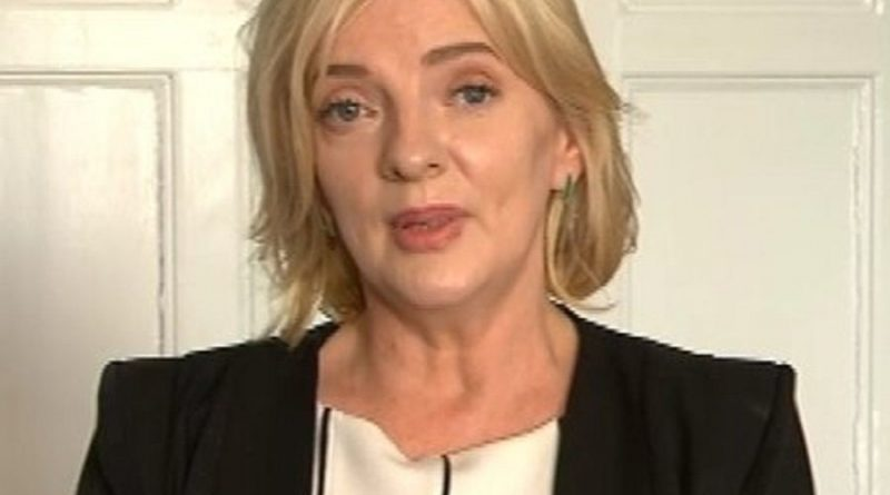 liadh ni riada 1 800x445 - Liadh Ni Riada Biography - life Story, Career, Awards, Age, Height