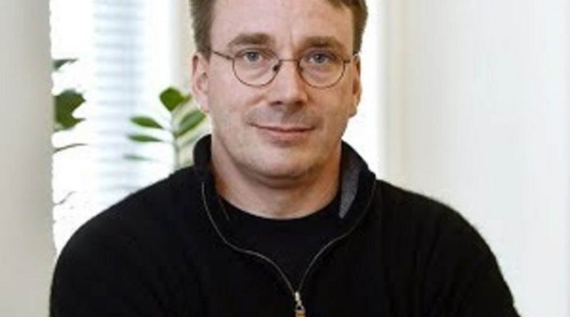 linus torvalds 4 800x445 - Linus Torvalds Biography - life Story, Career, Awards, Age, Height