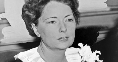 margaret mitchell 2 1 390x205 - Margaret Mitchell Biography - life Story, Career, Awards, Age, Height