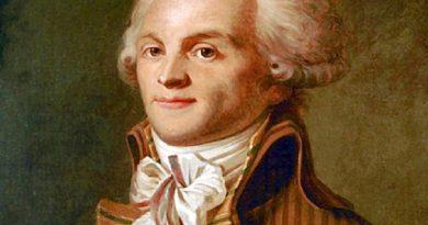 maximilien de robespierre 1 390x205 - Maximilien de Robespierre Biography - life Story, Career, Awards, Age, Height