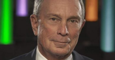 michael bloomberg 5 390x205 - Michael Bloomberg Biography - life Story, Career, Awards, Age, Height
