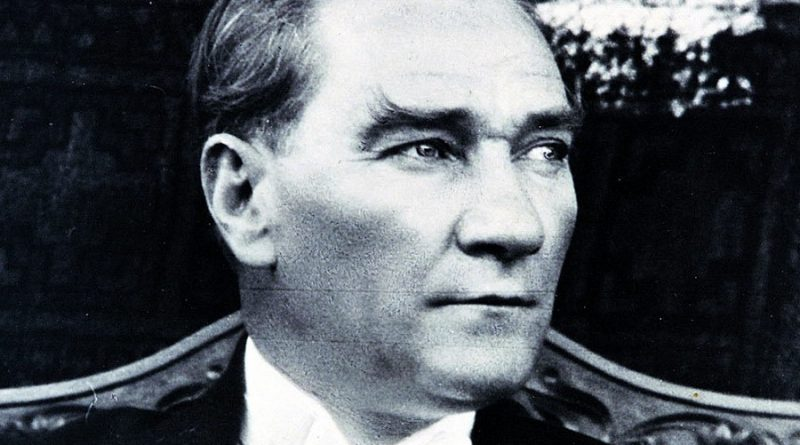 mustafa kemal ataturk 2 800x445 - Mustafa Kemal Ataturk Biography - life Story, Career, Awards, Age, Height