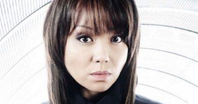naoko mori 2 390x205 - Naoko Mori Biography - life Story, Career, Awards, Age, Height