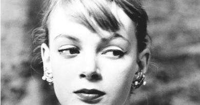 nena von schlebrgge 1 390x205 - Nena von Schlebrügge Biography - life Story, Career, Awards, Age, Height
