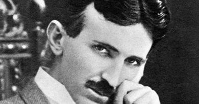 nikola tesla 6 390x205 - Nikola Tesla Biography - life Story, Career, Awards, Age, Height