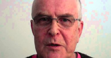 pat condell 1 1 390x205 - Pat Condell Biography - life Story, Career, Awards, Age, Height
