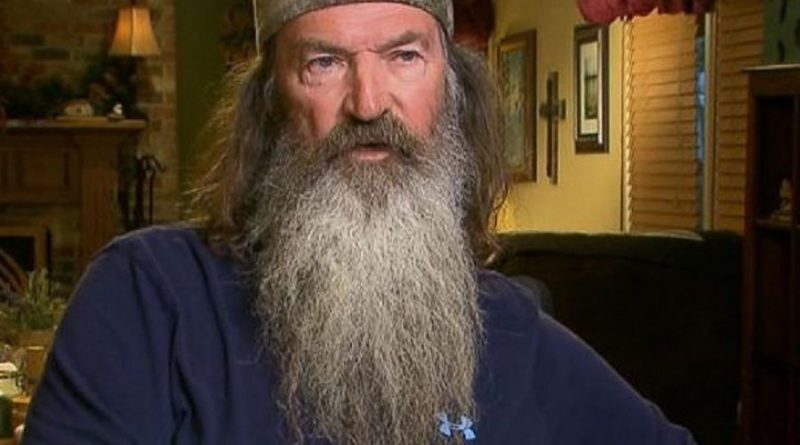 phil robertson 1 800x445 - Phil Robertson Biography - life Story, Career, Awards, Age, Height