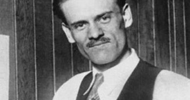 philo farnsworth 1 390x205 - Philo Farnsworth Biography - life Story, Career, Awards, Age, Height