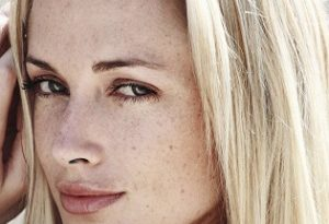 reeva steenkamp 1 300x205 - Reeva Steenkamp Biography - life Story, Career, Awards, Age, Height
