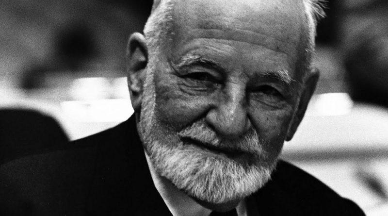 ren cassin 1 800x445 - René Cassin Biography - life Story, Career, Awards, Age, Height