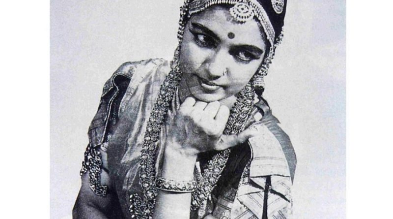rukmini devi arundale 2 800x445 - Rukmini Devi Arundale Biography - life Story, Career, Awards, Age, Height