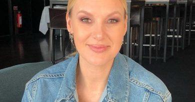 sanna nielsen 1 390x205 - Sanna Nielsen Biography - life Story, Career, Awards, Age, Height