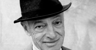 saul bellow 1 390x205 - Saul Bellow Biography - life Story, Career, Awards, Age, Height