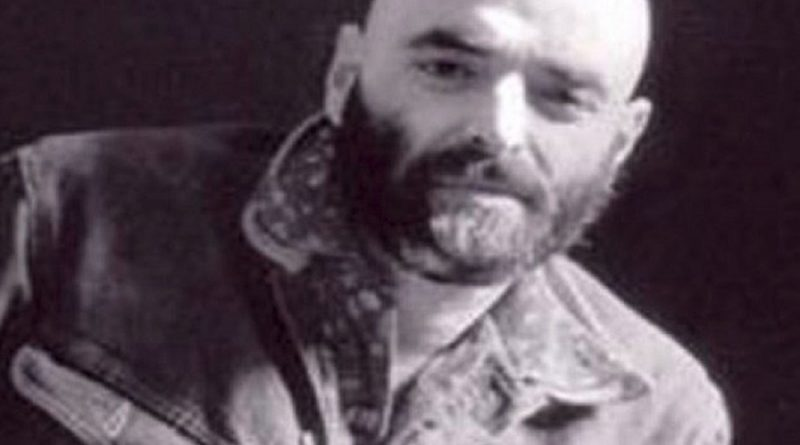 shel silverstein 13 800x445 - Shel Silverstein Biography - life Story, Career, Awards, Age, Height