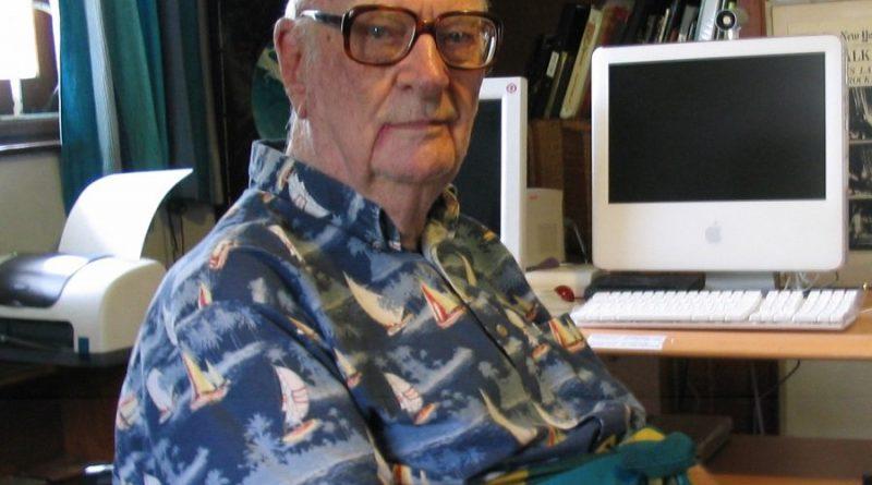 sir arthur charles clarke 3 5 800x445 - Sir Arthur Charles Clarke Biography - life Story, Career, Awards, Age, Height